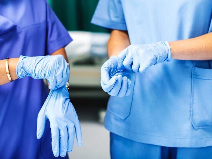 Provtagning av personliga assistenter med Coronasymptom