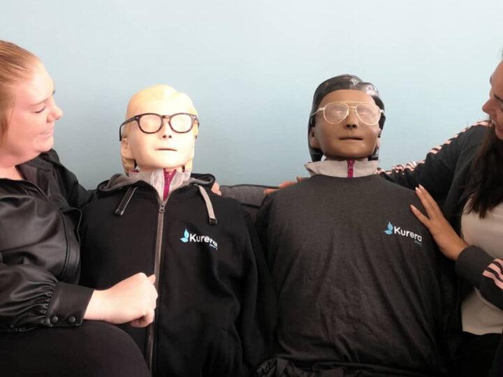 Vi vill välkomna två nya medarbetare till Kurera Omsorg!